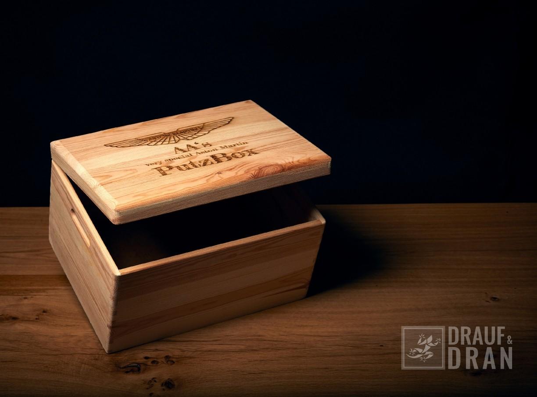 Holz Putz-Box Aston Martin
